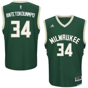 Maillot NBA Milwaukee Bucks #34 Giannis Antetokounmpo Vert Adidas Swingman Road - Homme