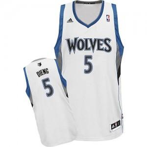 Maillot NBA Minnesota Timberwolves #5 Gorgui Dieng Blanc Adidas Swingman Home - Homme