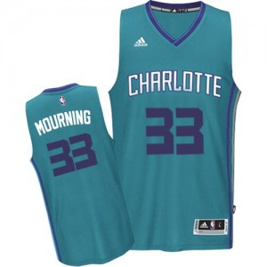 Maillot NBA Charlotte Hornets #33 Alonzo Mourning Bleu clair Adidas Swingman Road - Homme