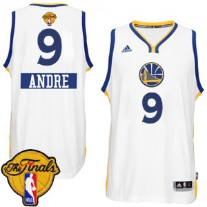 Maillot NBA Blanc Andre Iguodala #9 Golden State Warriors 2014-15 Christmas Day 2015 The Finals Patch Authentic Homme Adidas